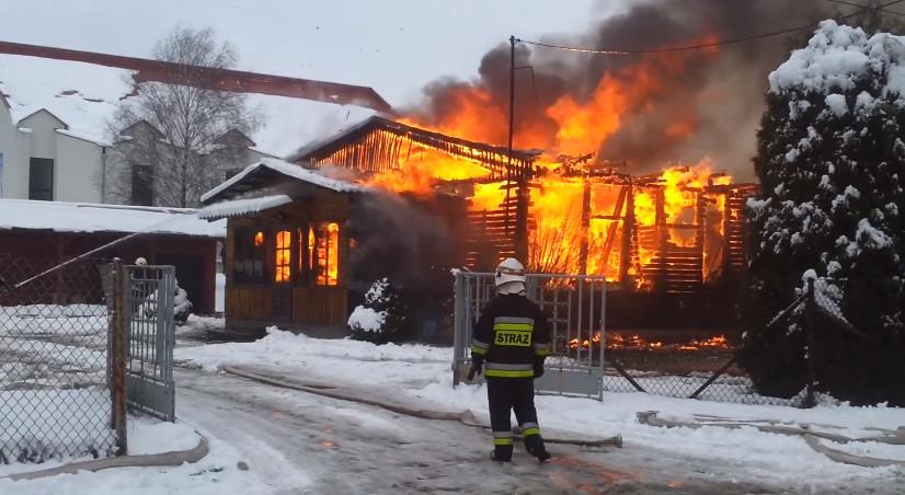 Pożar-kaplicy-w-parafii-MBNP-w-Końskich-05