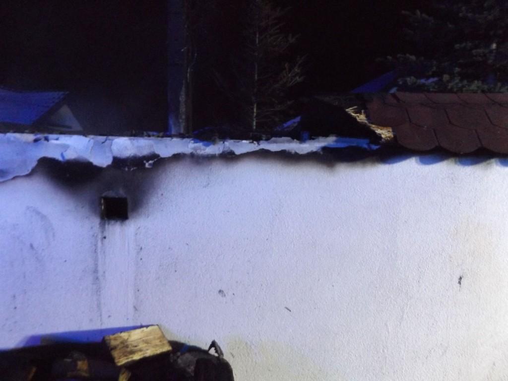 Pożar wiaty gospodarczej w Bilczy (3)