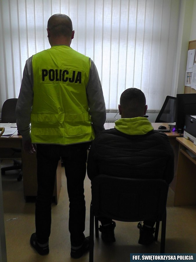 Zatrzymani sprawcy kradzieży, KPP Opatów (1)