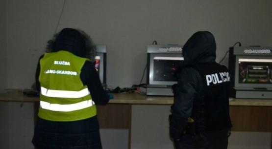 Nielegalne automaty do gier, Włoszczowa