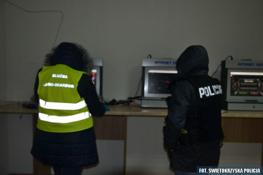 Nielegalne autoamty do gier we Włoszczowie