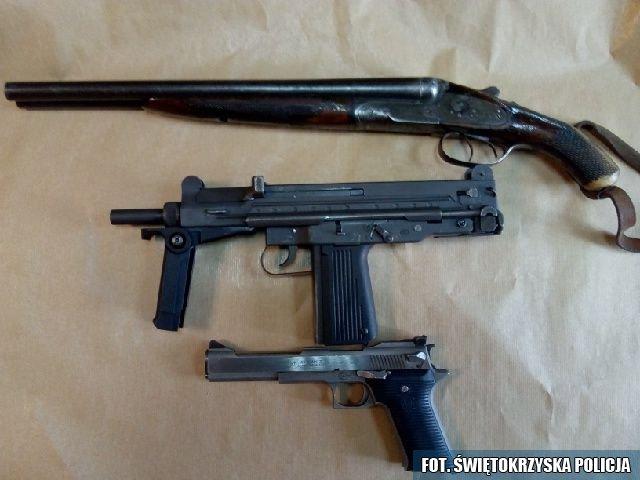 Pełno amunicji w garażu teścia