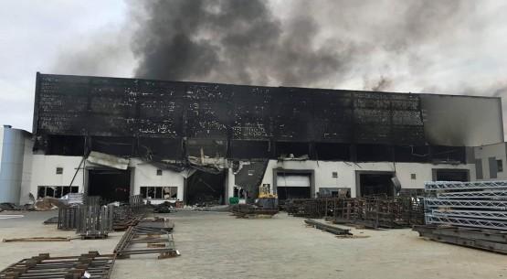 Pożar Termetal w Dębskiej Woli (5)