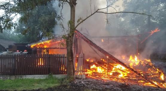 Pożar stodoły Ostrowiec (1)