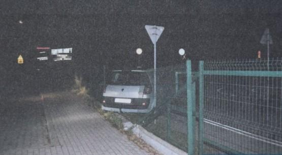 Pijany 19-latek za kierownicą, Jędrzejów (1)