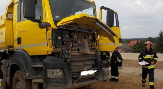Wypadek na S7; Kobieta zjechała z drogi (3)