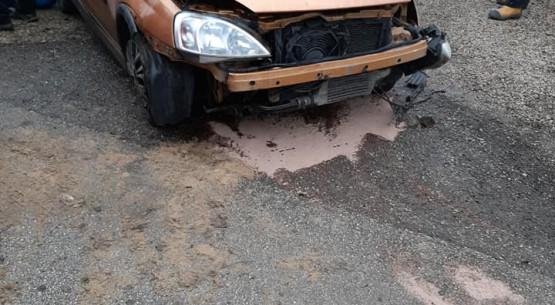 Samochód wypadł z drogi, OSP Bodzentyn (1)