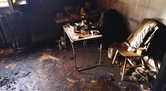 Mężczyzna zginął w pożarze domu, Ostrowiec (2)