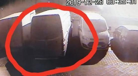 Kradzież-busa-w-Stąporkowie-w-nocy-z-28-na-29-grudnia-2019-roku-02
