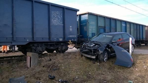 Zderzenie osobówki z pociągiem, Busko
