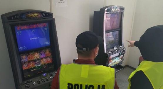 Nielegalne automaty, Sandomierz (1)