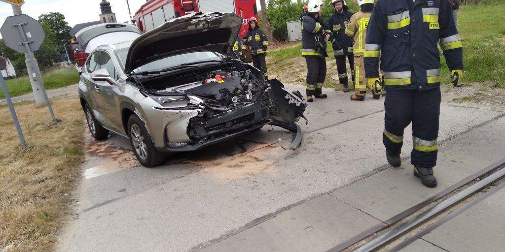 Wypadek-na-przejeździe-kolejowym-w-Czarnieckiej-Górze-2-1024x512