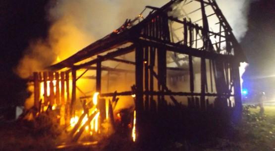 Pożar w miejscowości Wola Jachowa 01