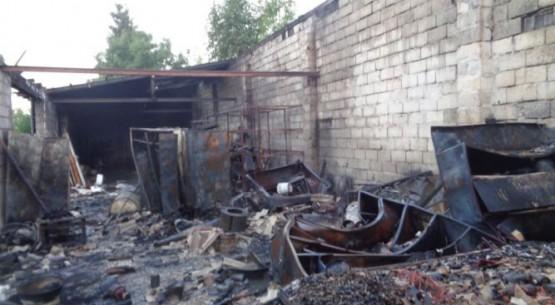 pożar garażu 4