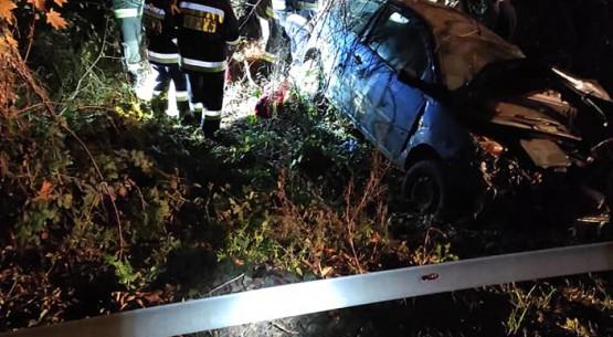 Wypadek-na-drodze-krajowej-42-w-Skórnicach-w-gminie-Fałków-5